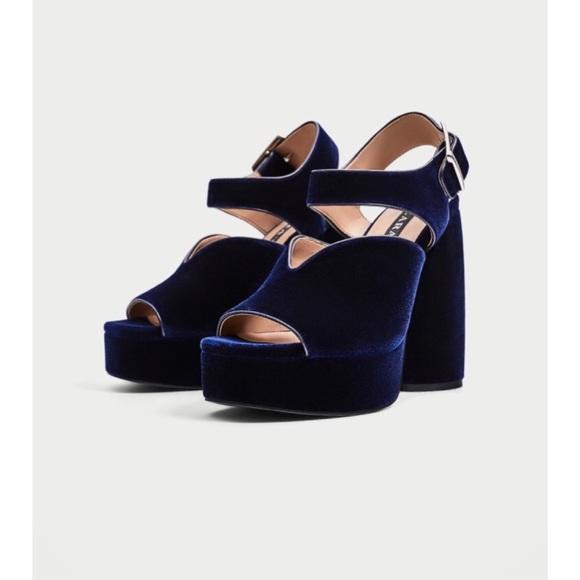 1827c8d39489 Zara Velvet High Heel Platform Sandals